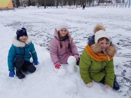 Конкурс снежных фигур в группе продленного дня