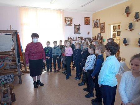 Ребята 2 А класса посетили Дом ремёсел