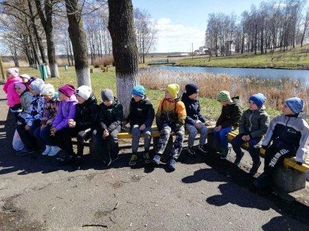 """Учащиеся младших классов приняли участие   в октябрятском  квесте """"Весенние приключения"""""""